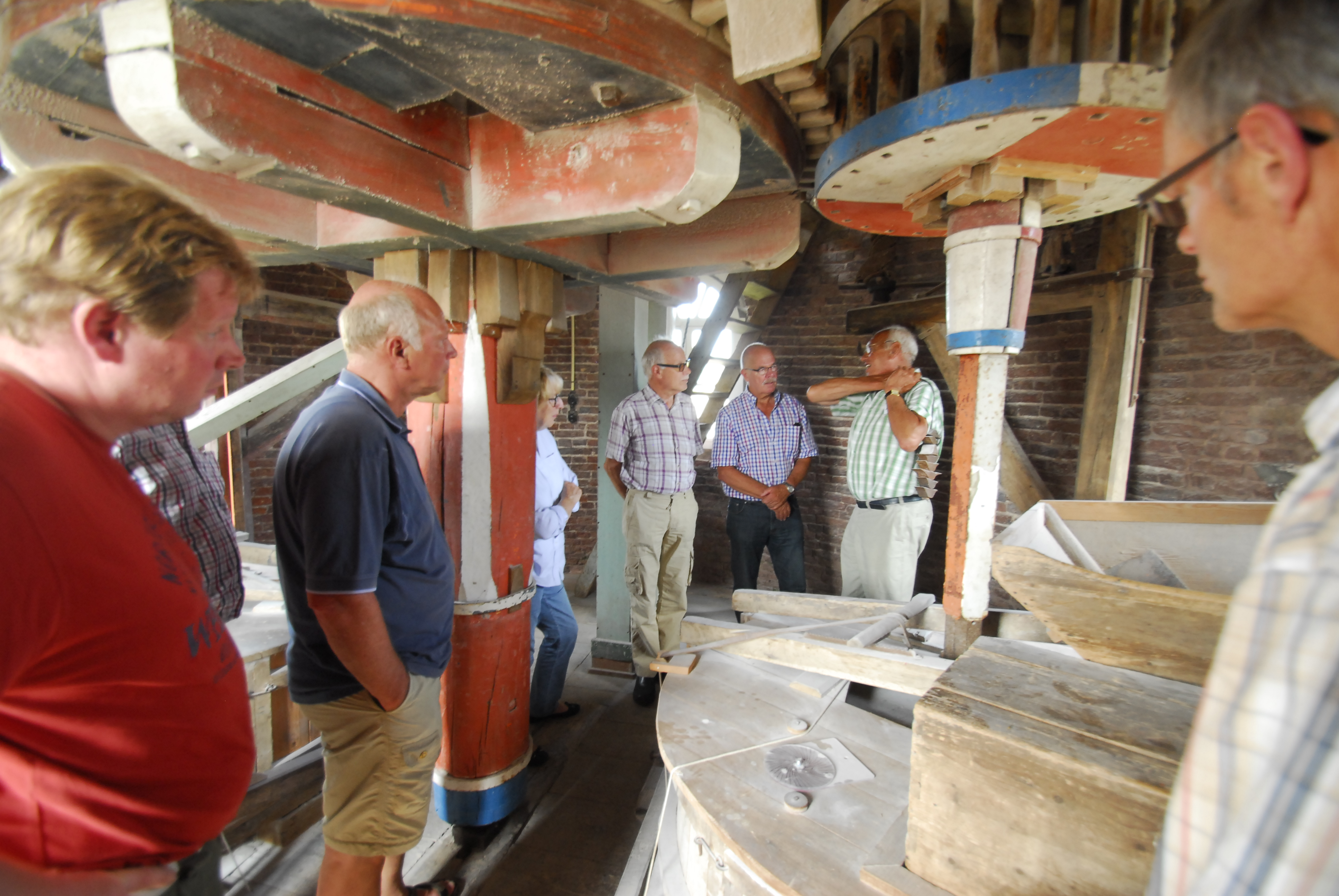 Bezoek van molenstichting en molenaars uit Voorst aan het Weerterland