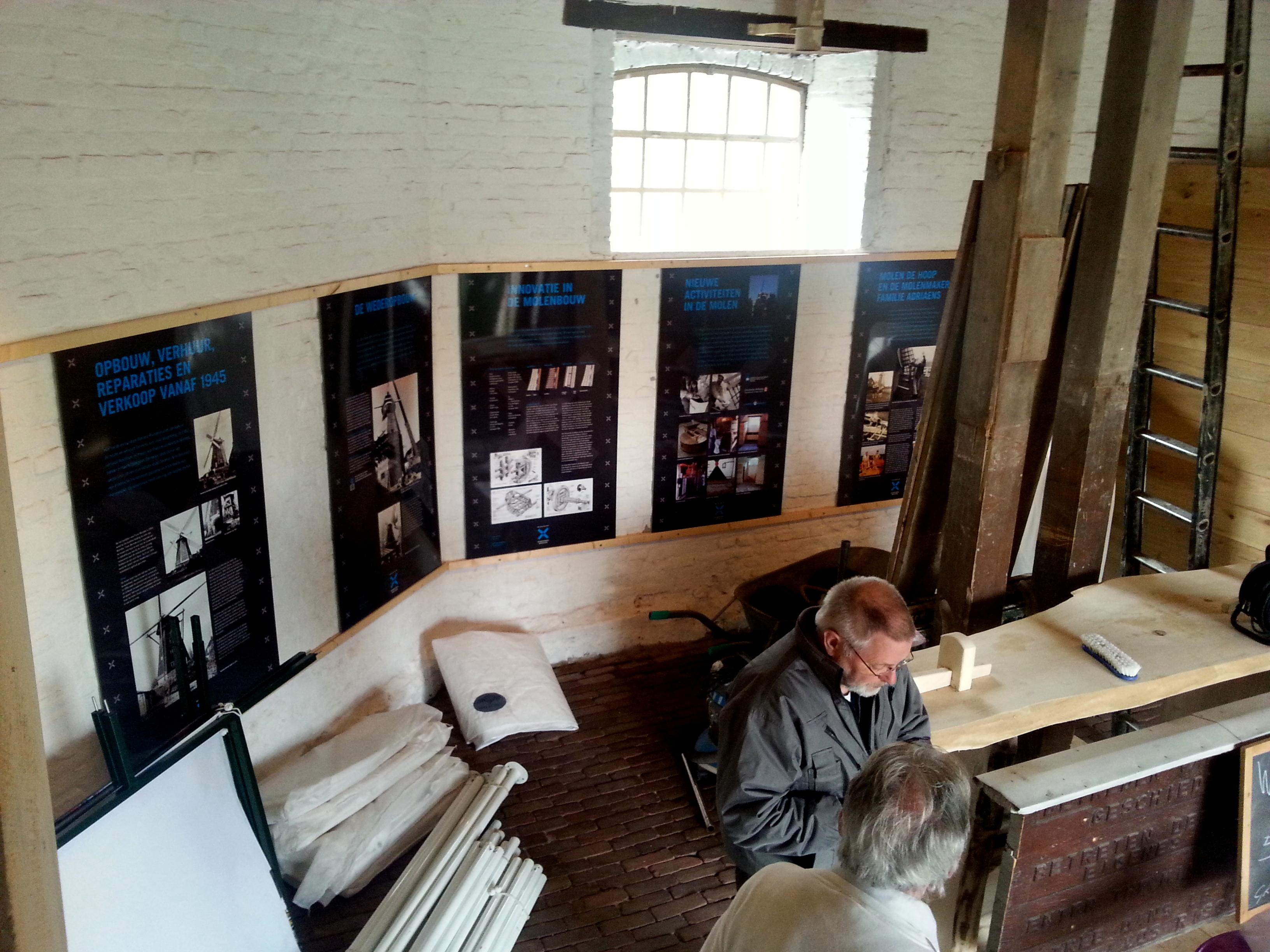 Voorbereidingen voor open dag op molen De Hoop Swartbroek