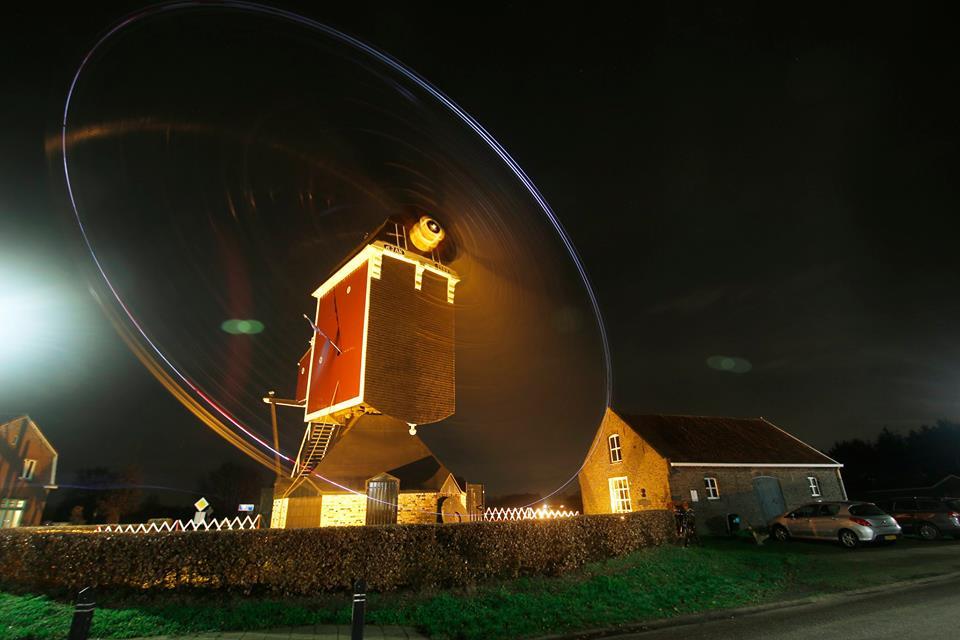 Avonddraaien bij Sint Jan, Stramproy: Theo Van de Winkel