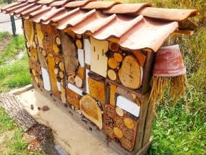 Bouwen insectenhotel bij molen De Nijverheid