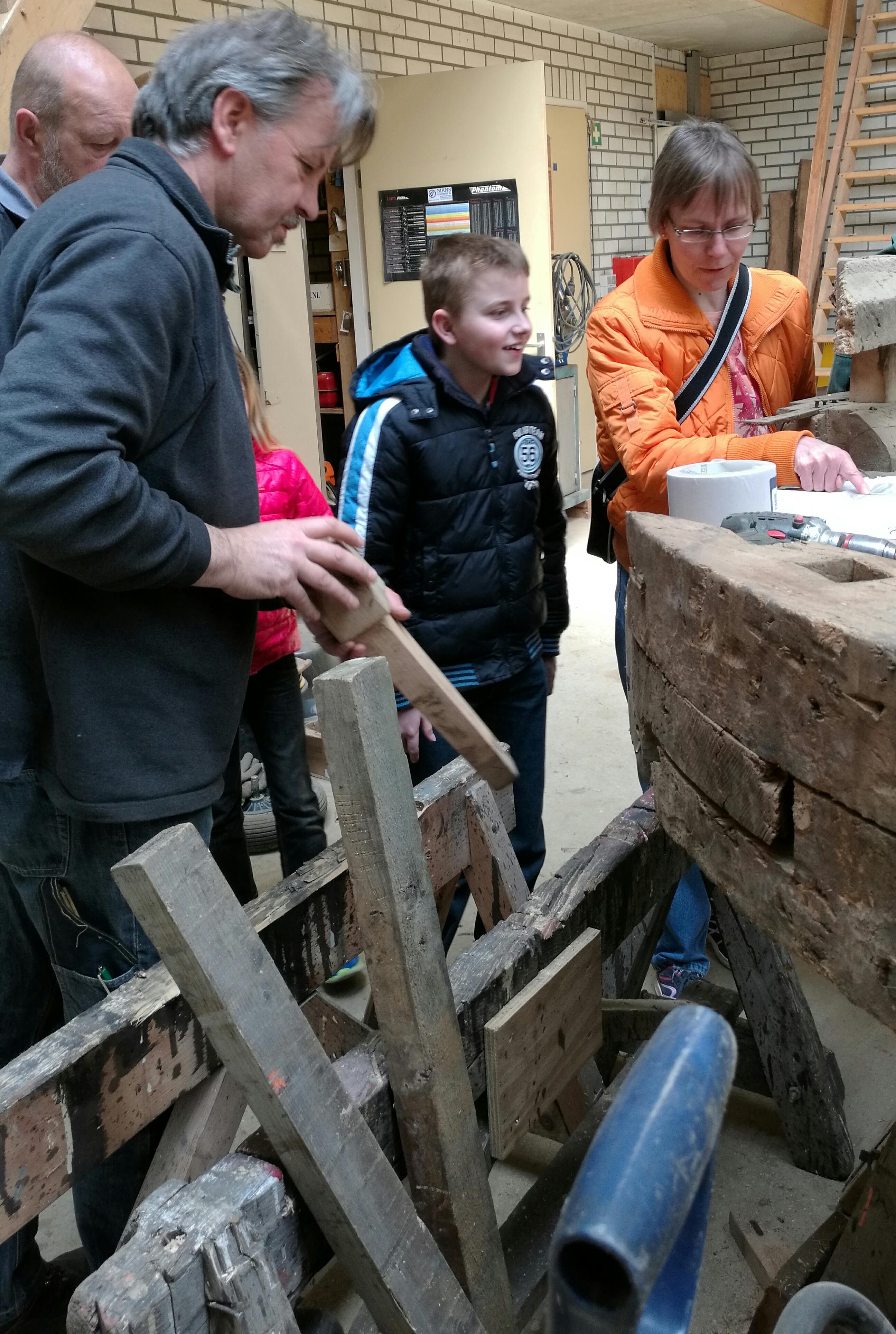 In Rick schuilt een toekomstig molenbouwer