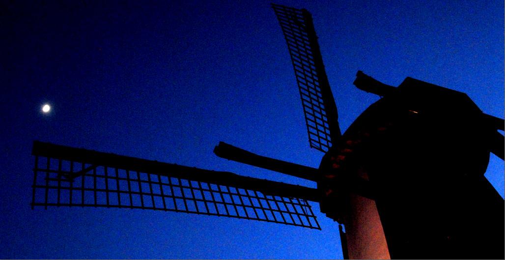 De Sint Annamolen 's avonds niet meer verlicht